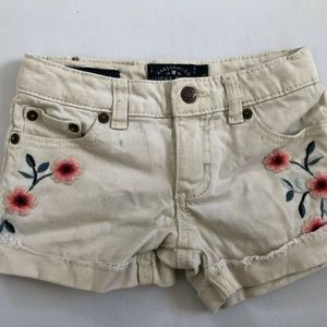 Lucky Brand Los Angles Kids White Floral Design